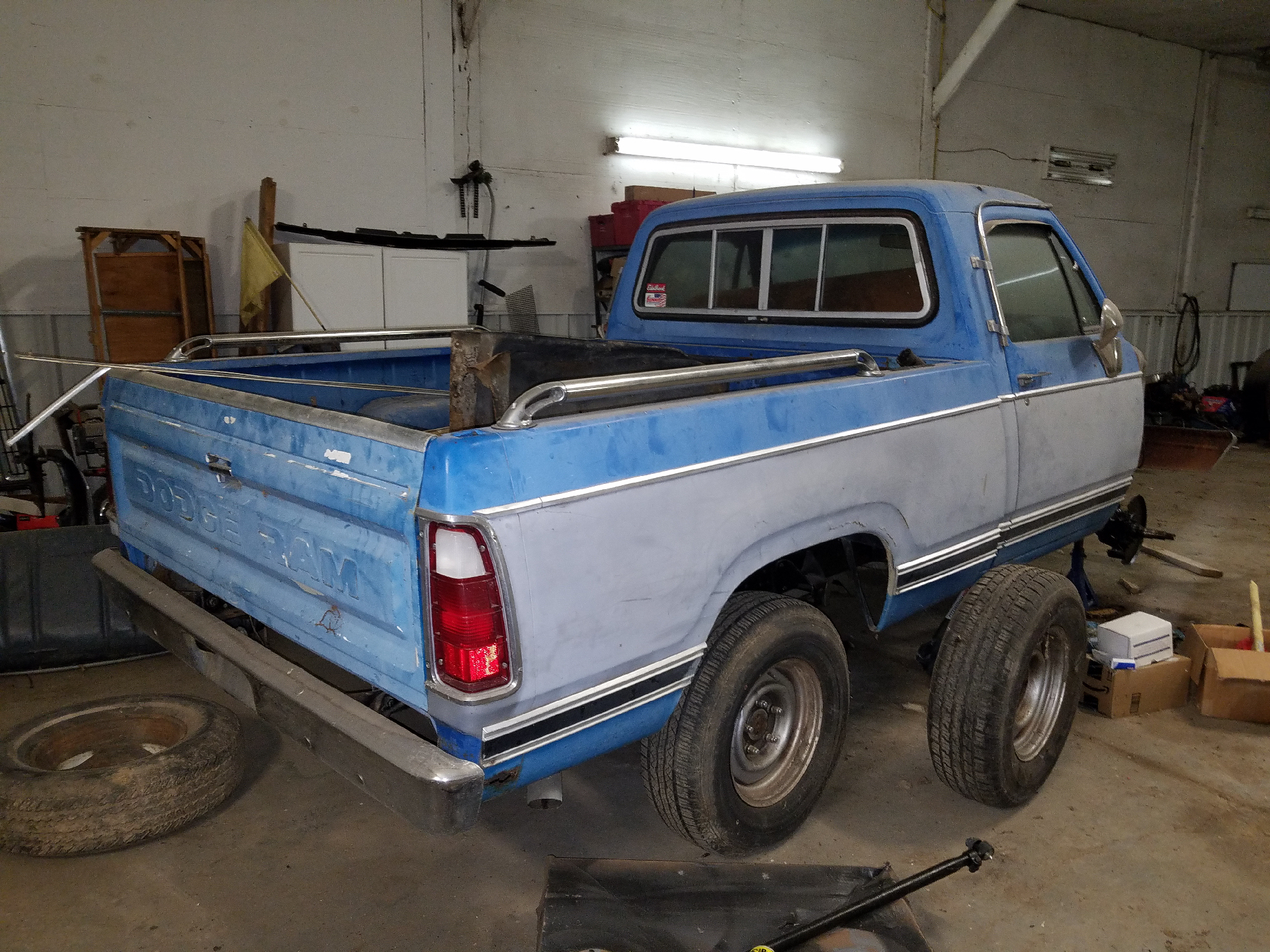 1980 Dodge Short Bed Power Wagon Truck Parts Here Is How The Was When I Came Across It Axles And Transfercase Are Being Pulled Out To Be Placed In A 1979 Ramcharger